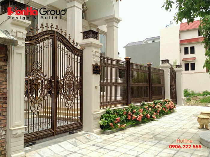 kích thước cổng nhà